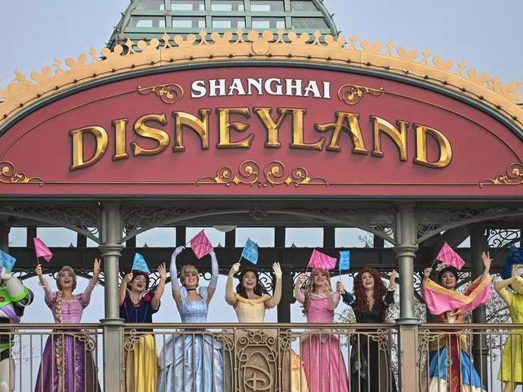 3 Bulan Tutup karena Lockdown, Disneyland Shanghai Kini Kembali Dibuka
