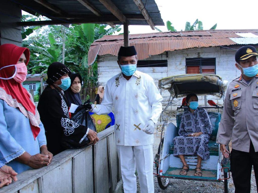 Pandemi Corona, 3.000 Sembako Dibagikan ke Warga Maluku Tengah Selama 9 Bulan