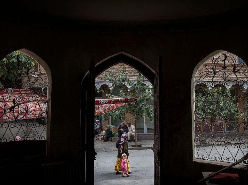 Warga Xinjiang Ramai-ramai Protes Lockdown Corona via Medsos