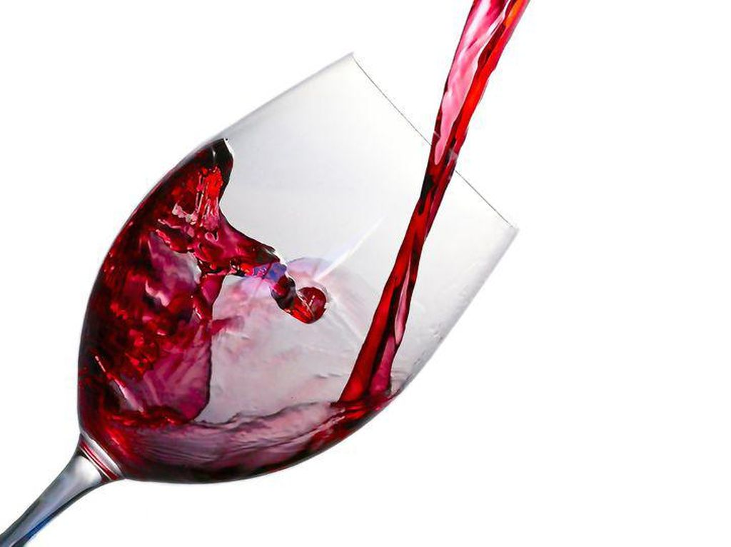 China Pasang Bea Antidumping Wine Australia hingga Tahun Depan