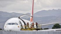 Colongan Bawa Penumpang Saat Corona, Pesawat Ini pun Disita