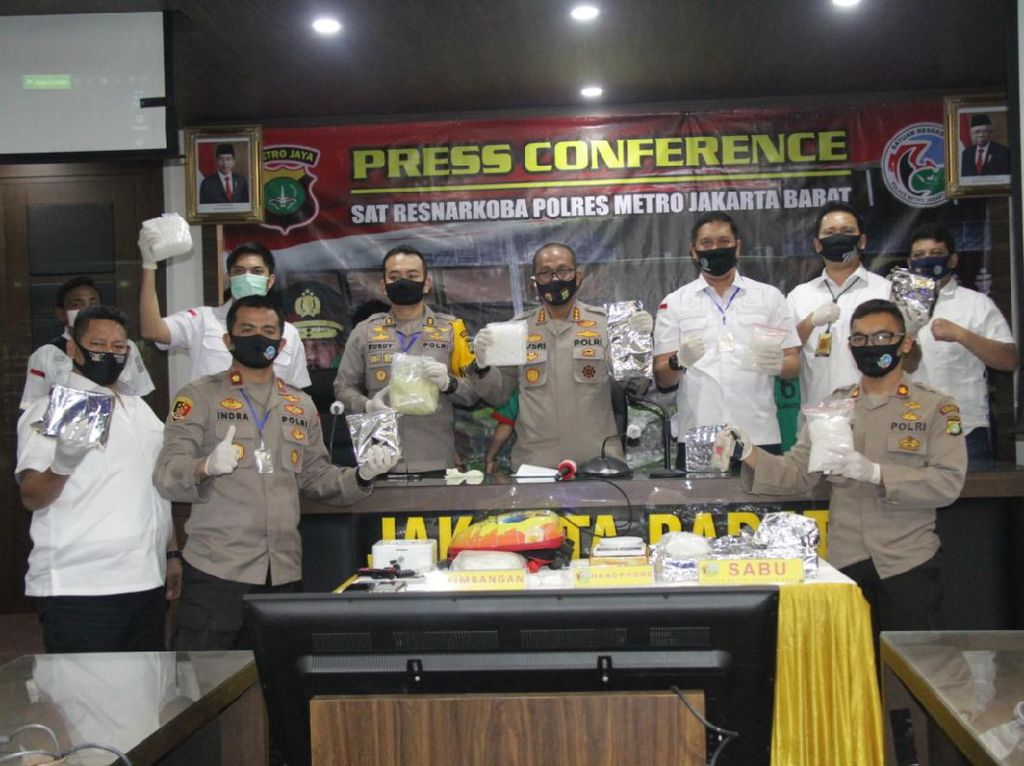 Polres Jakbar Ungkap Peredaran Narkoba Senilai Rp 25 M di Tengah Pandemi