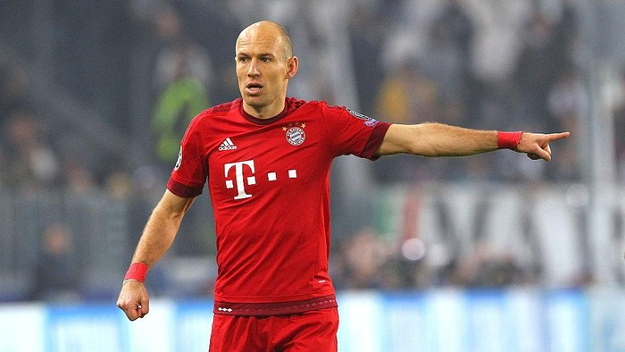 TURIN, ITALY - FEBRUARY 23:  Arjen Robben of FC Bayern Muenchen gestures during the UEFA Champions League Round of 16 first leg match between Juventus and FC Bayern Muenchen at Juventus Arena on February 23, 2016 in Turin, Italy.  (Photo by Marco Luzzani/Getty Images)