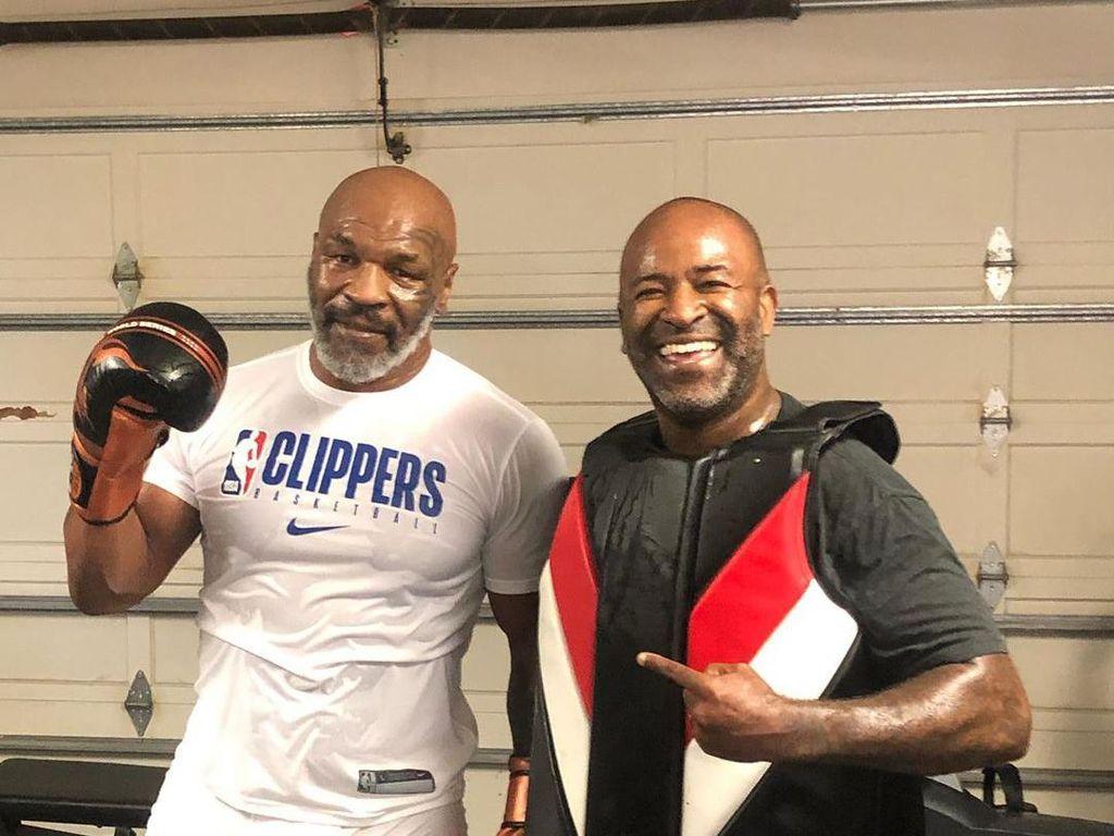Siapa Mau Latihan Bareng Mike Tyson?