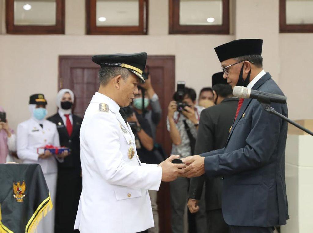 Ayahnya Dicopot Gubernur, Anak Eks Pj Walkot Makassar Curhat di Medsos