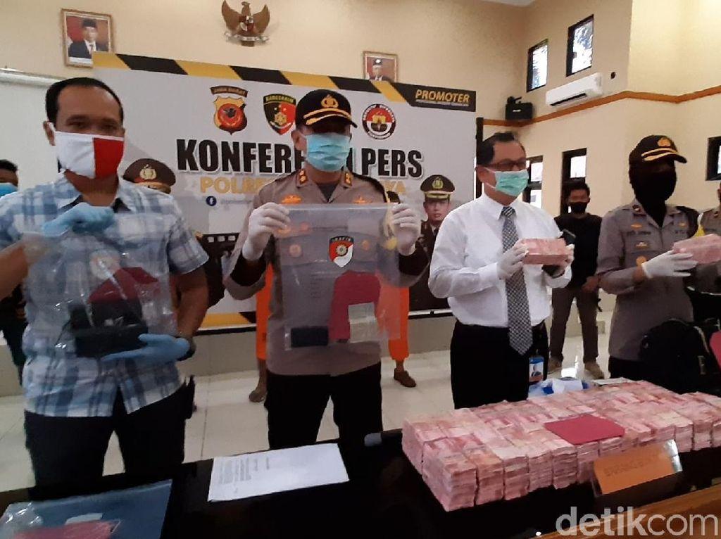 Bawa Uang Palsu Senilai Rp 2,9 M, Empat Pria di Tasik Dibekuk Polisi