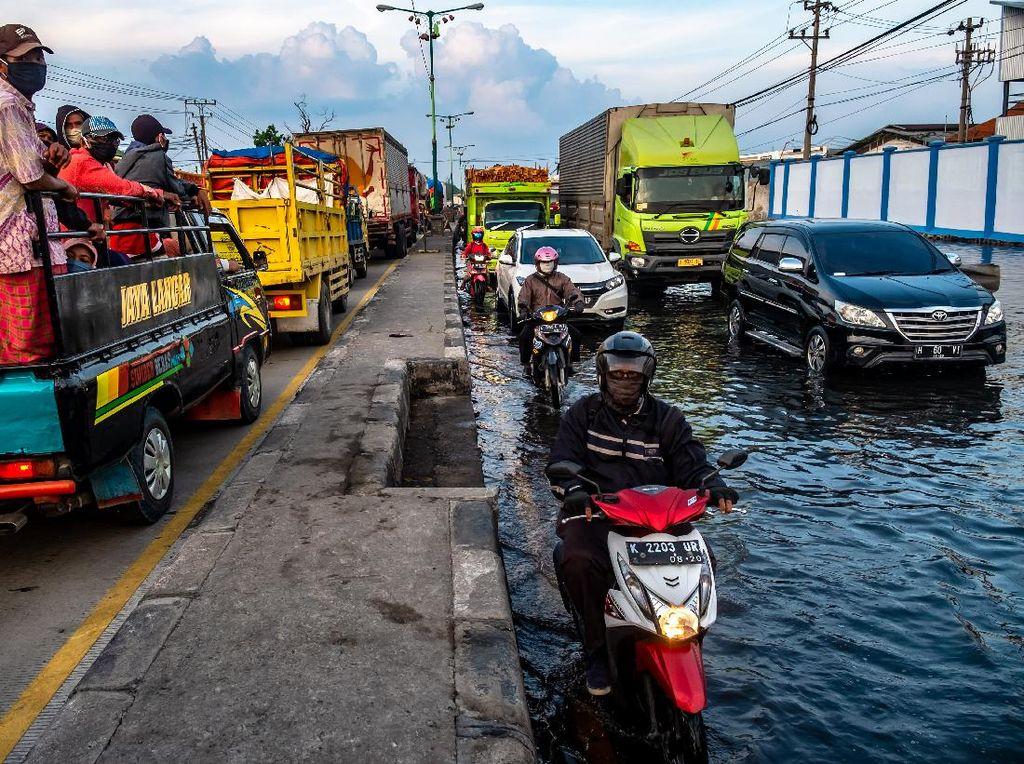 Hati-hati Banjir Rob, Air Laut Bisa Rusak Kelistrikan Mobil