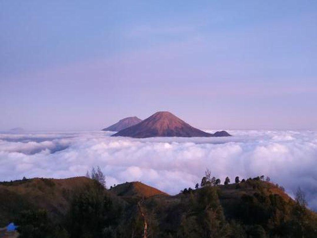 5 Rekomendasi Gunung Terindah di Jawa Tengah