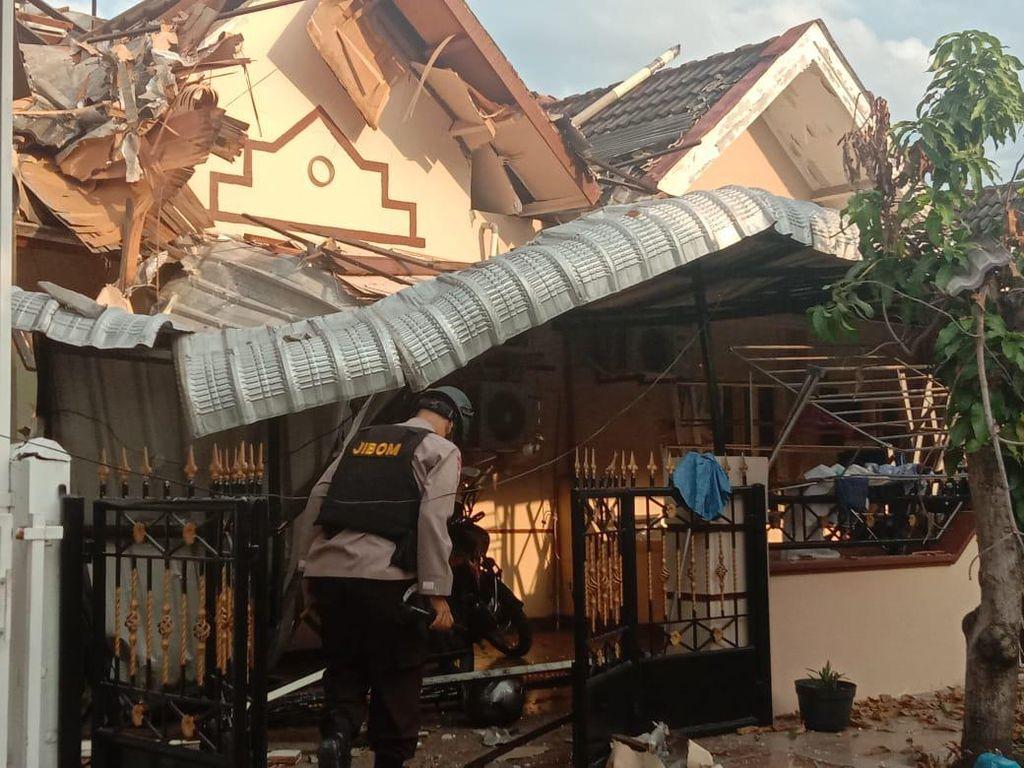 Polisi soal Penyebab Rumah Ambruk di Cemara Asri Sumut: Ledakan Gas