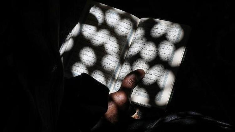 Saat Umat Muslim Dunia Berlomba Raih Lailatul Qadar