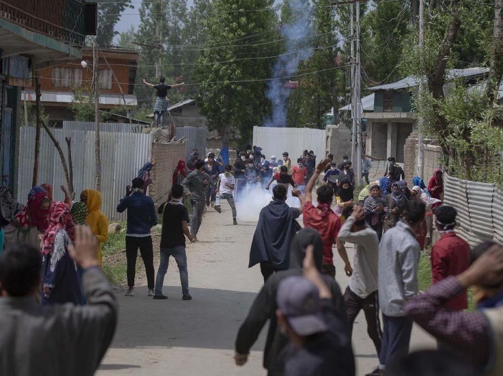 Pertempuran Sengit Pecah di Kashmir