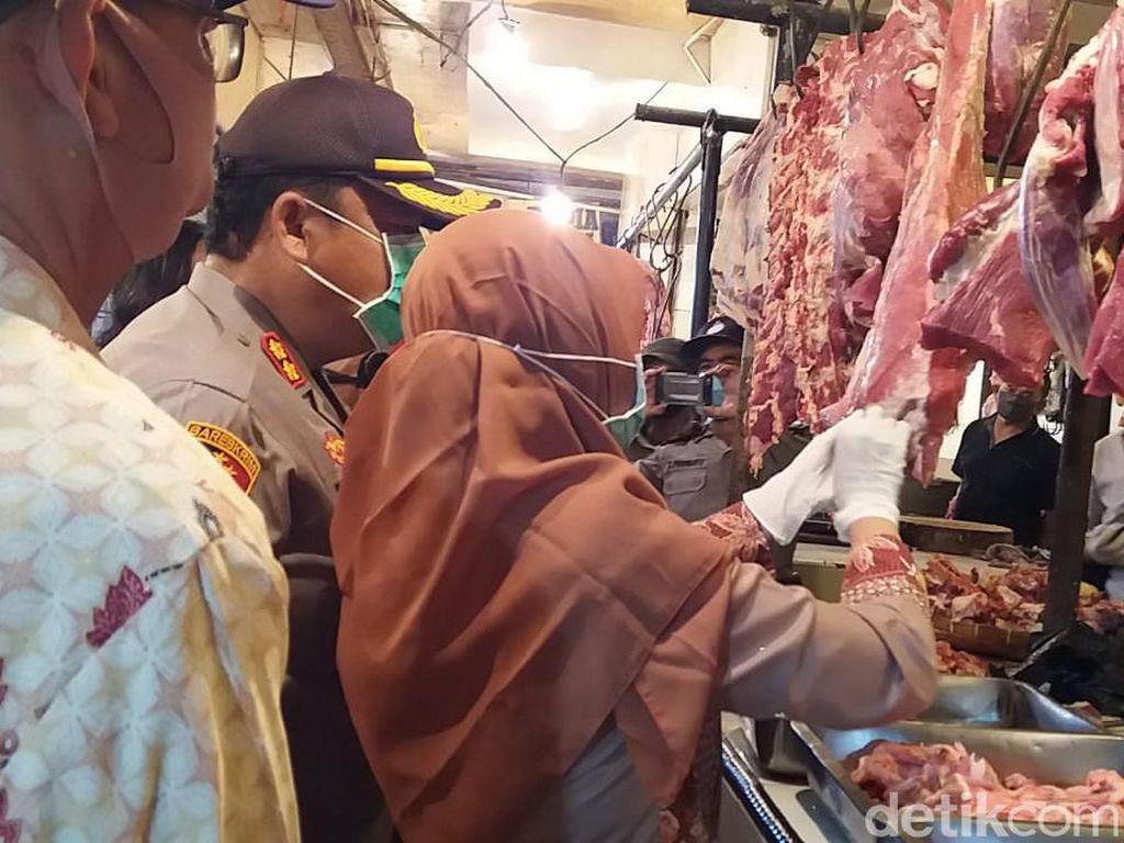 Antisipasi Peredaran Daging Babi, Polres-Pemkot Cimahi Sidak Pasar