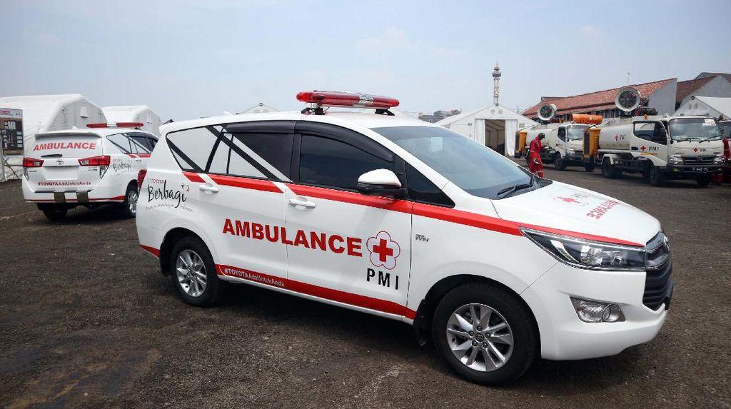 Toyota Indonesia Serahkan Bantuan Penanganan COVID-19 ke PMI Pusat