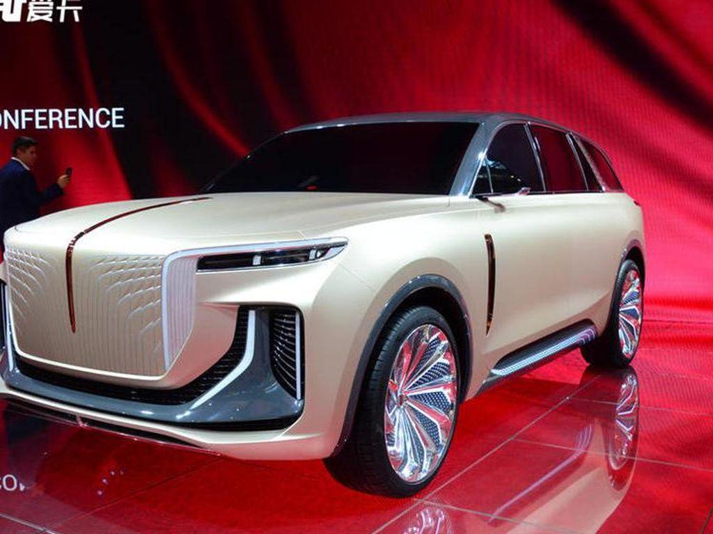 Mirip Banget, Jiplakan Rolls-Royce Versi Mobil China