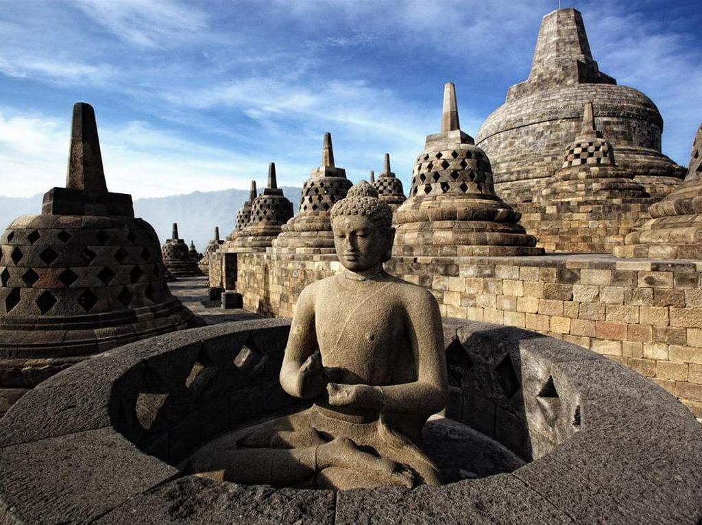Mau Jadi Rumah Ibadat Umat Buddha, Ini 10 Fakta Candi Borobudur