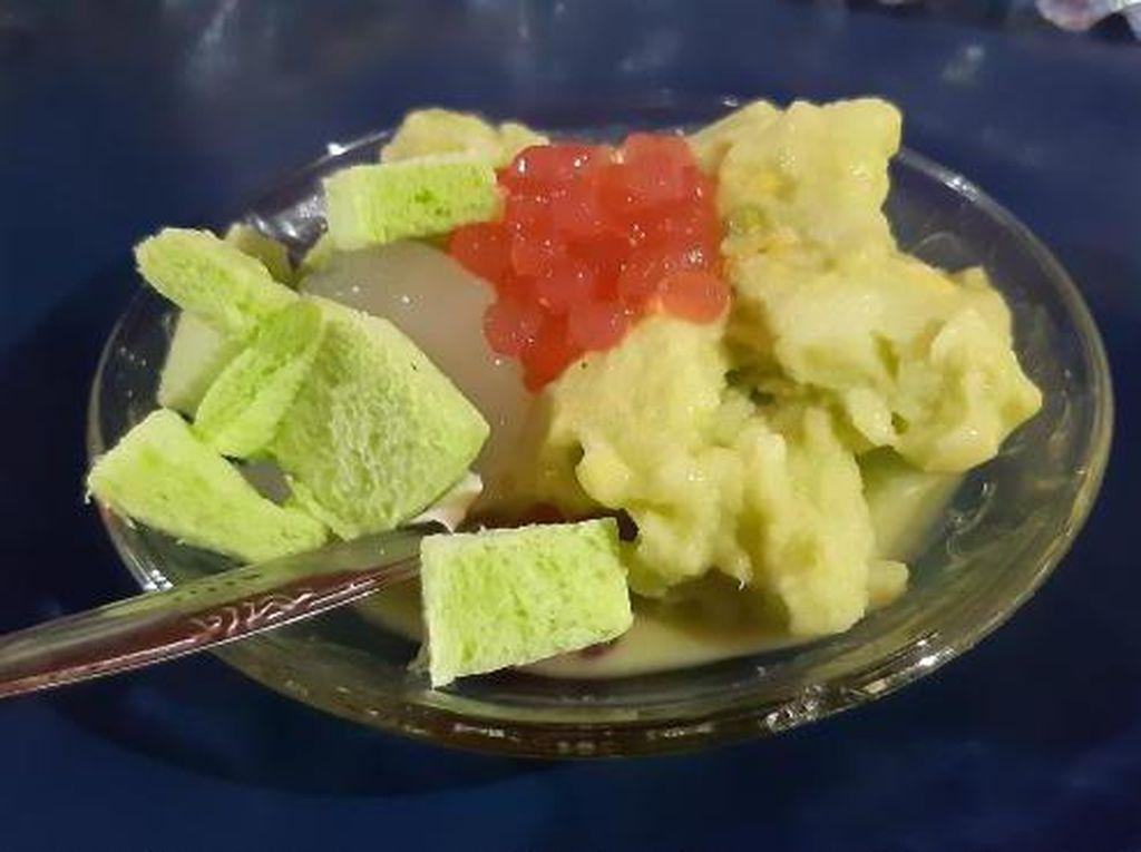 Segarnya Es Cong Lik Khas Semarang