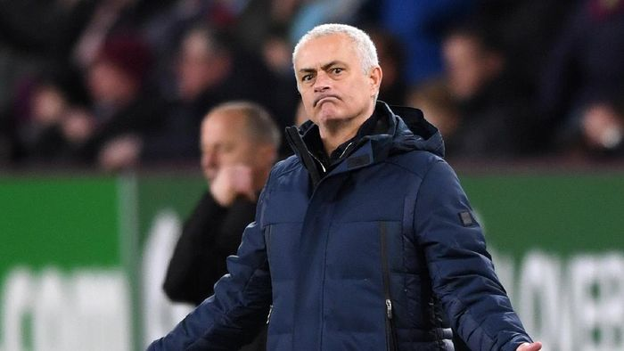 BURNLEY, ENGLAND - MARCH 07: Jose Mourinho, Manager of Tottenham Hotspur reacts during the Premier League match between Burnley FC and Tottenham Hotspur at Turf Moor on March 07, 2020 in Burnley, United Kingdom. (Photo by Stu Forster/Getty Images)