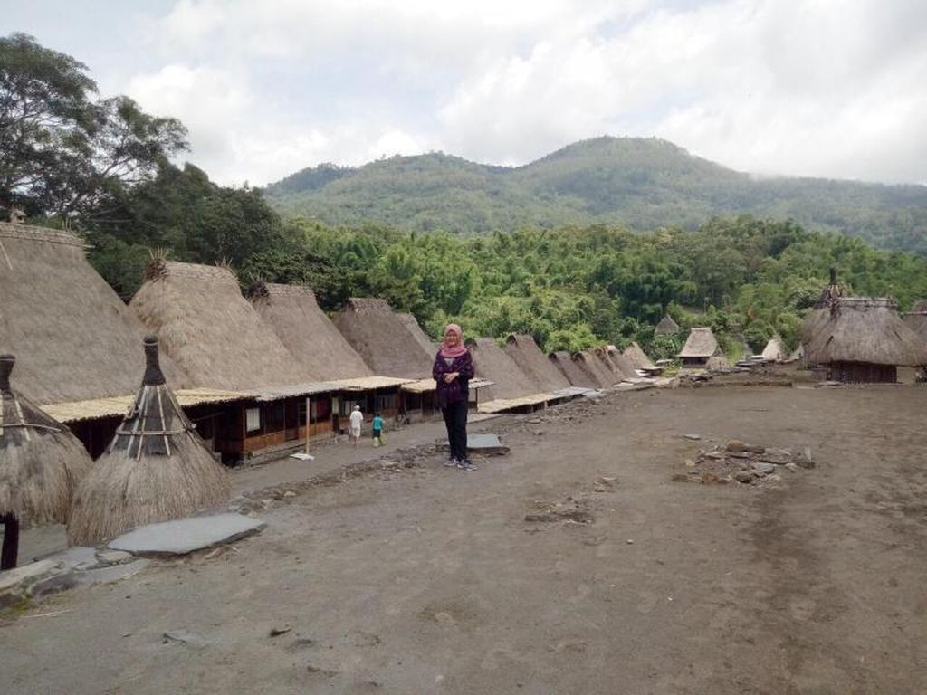Kampung Bena, Pesona Warisan Budaya dari NTT