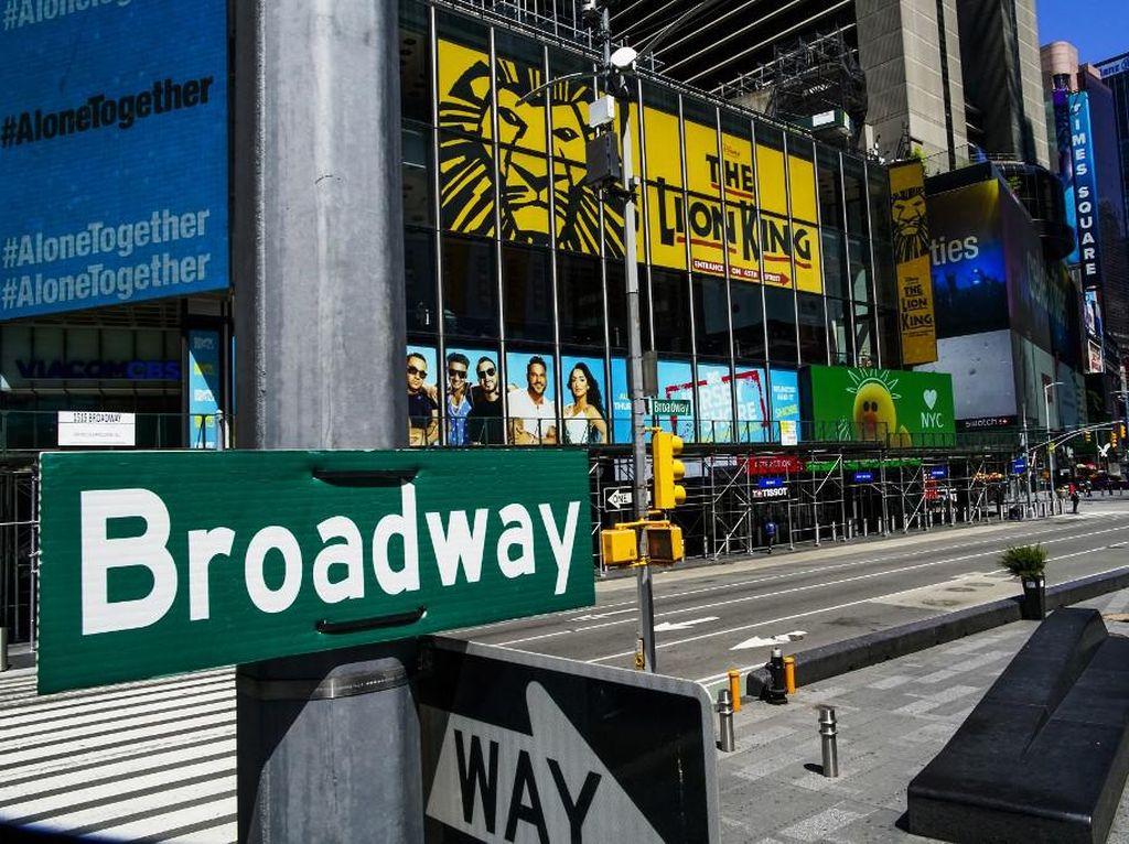 Panggung Broadway Telan Pil Pahit, Tak Akan Pentas sampai 2021