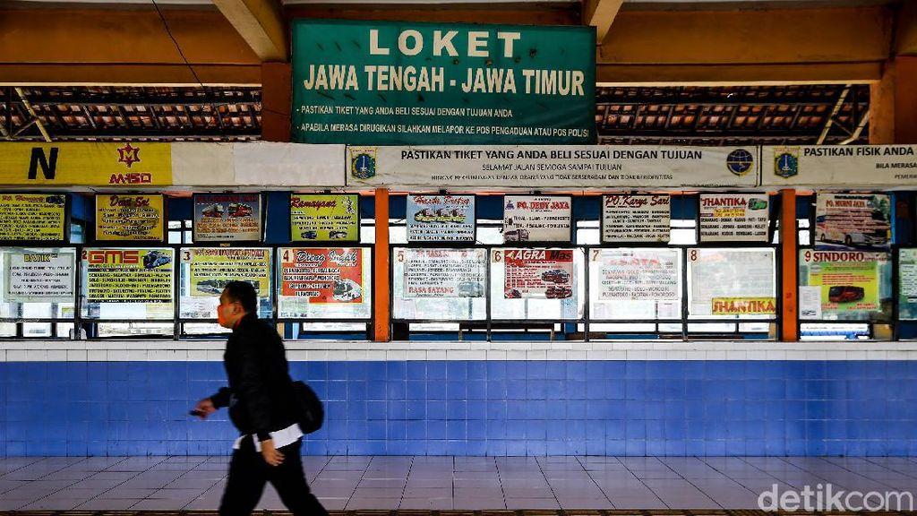Suasana Terkini Terminal Kampung Rambutan Seminggu Jelang Lebaran