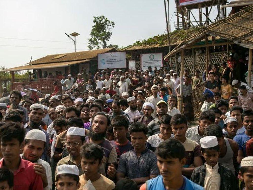 Ribuan Orang Mungkin Meninggal Setelah 2 Pengungsi Rohingya Positif Corona