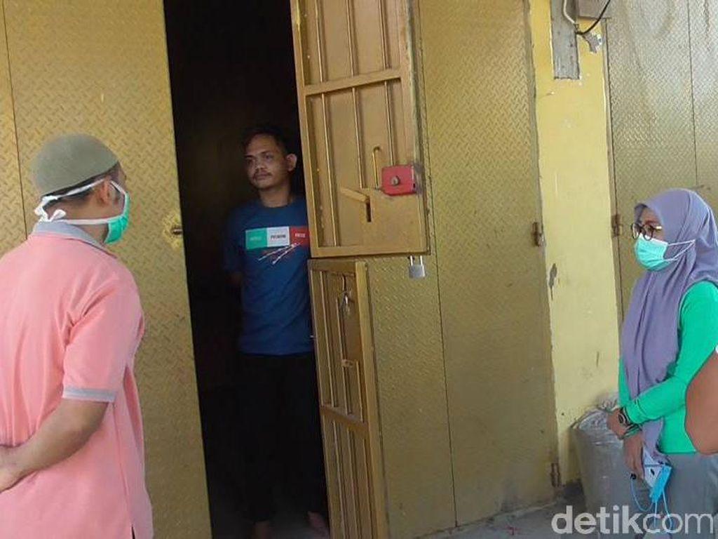 Sembunyi di Rumah Kosong, Pendatang di Polman Dirazia Satgas COVID-19