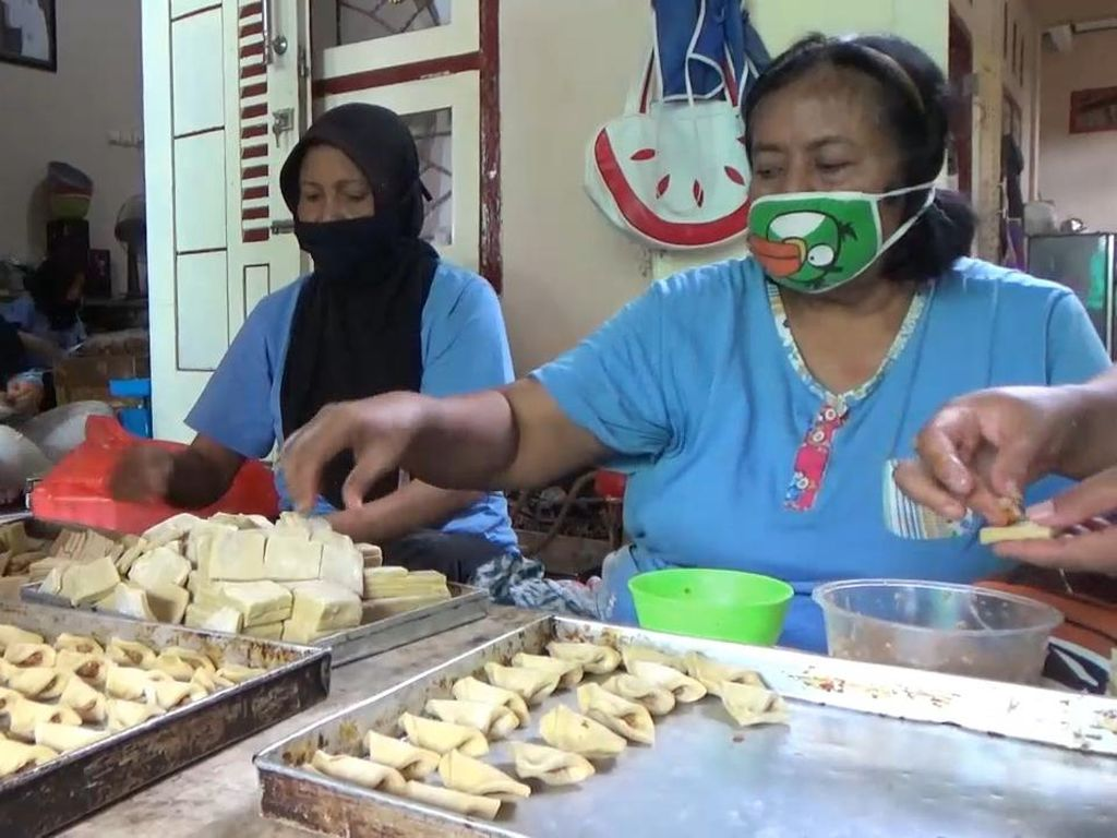 Pengusaha Kue Kering di Banyuwangi Menjerit, Omzet Merosot 50 Persen