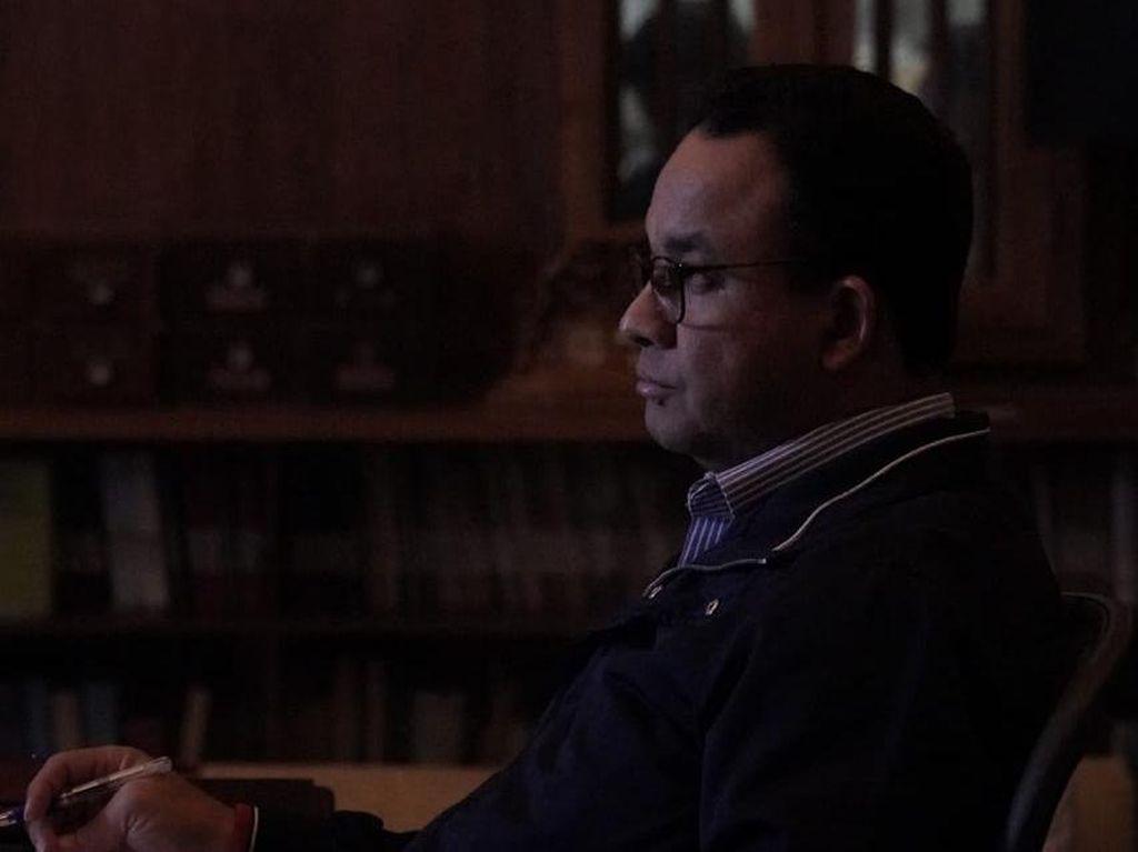 Poin-poin Pengecualian Pergub Anies Larang Warga Keluar-Masuk DKI