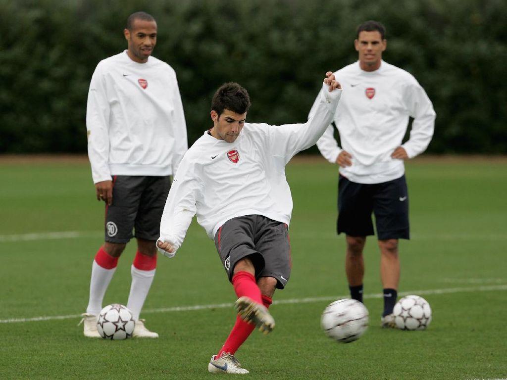 Sstt... Thierry Henry Rupanya Sempat Ragukan Cesc Fabregas