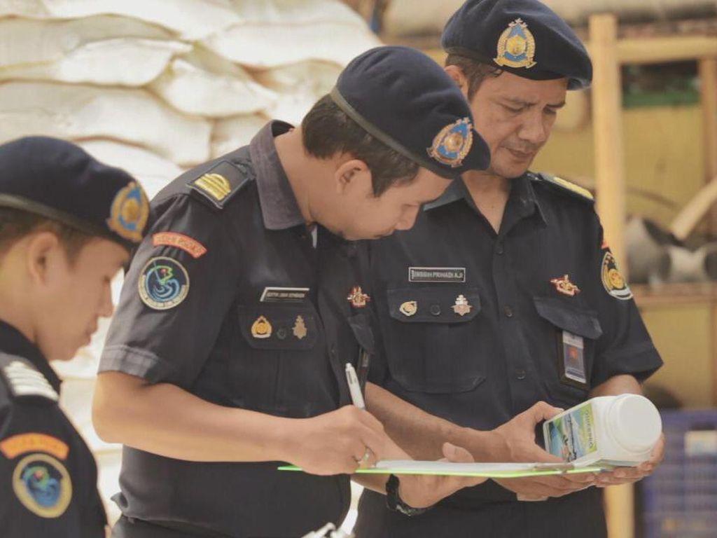 KKP Tertibkan Penggunaan Pakan & Obat untuk Kegiatan Budidaya Ikan
