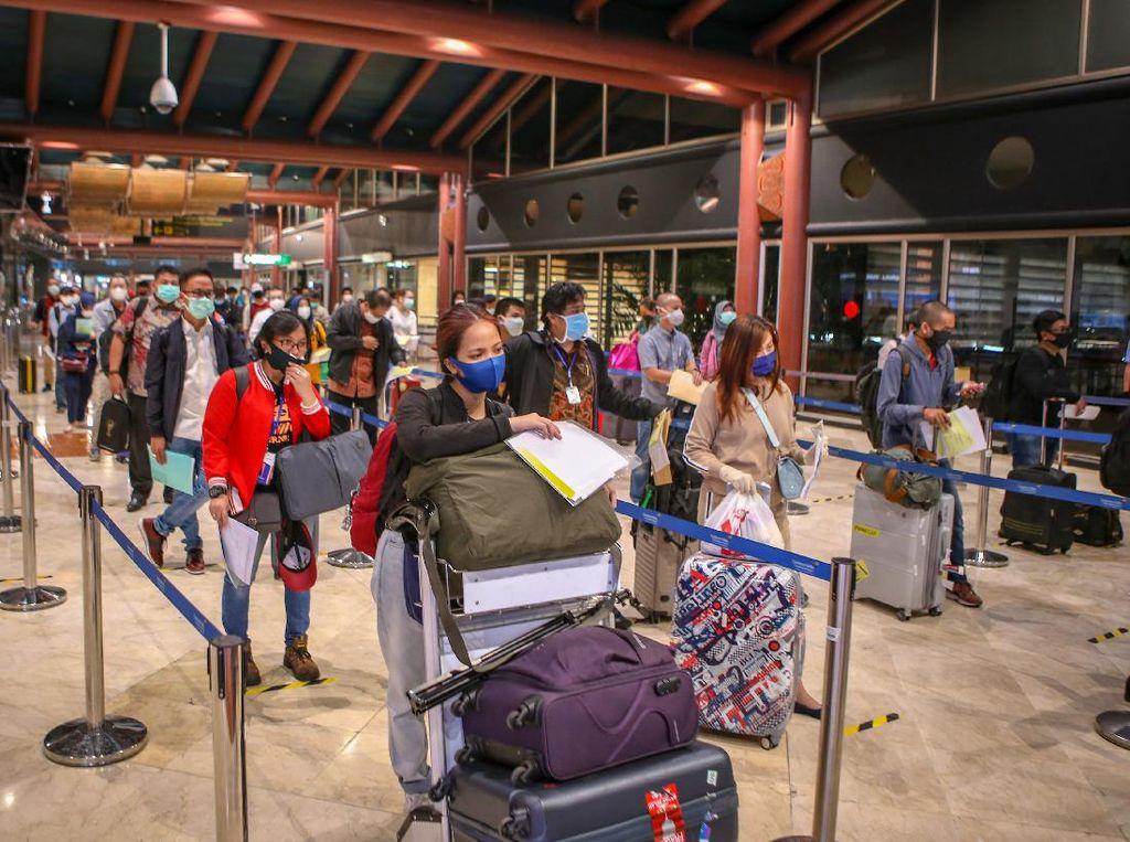 Dirut Garuda Komentari Kepadatan di Terminal 2E yang Viral