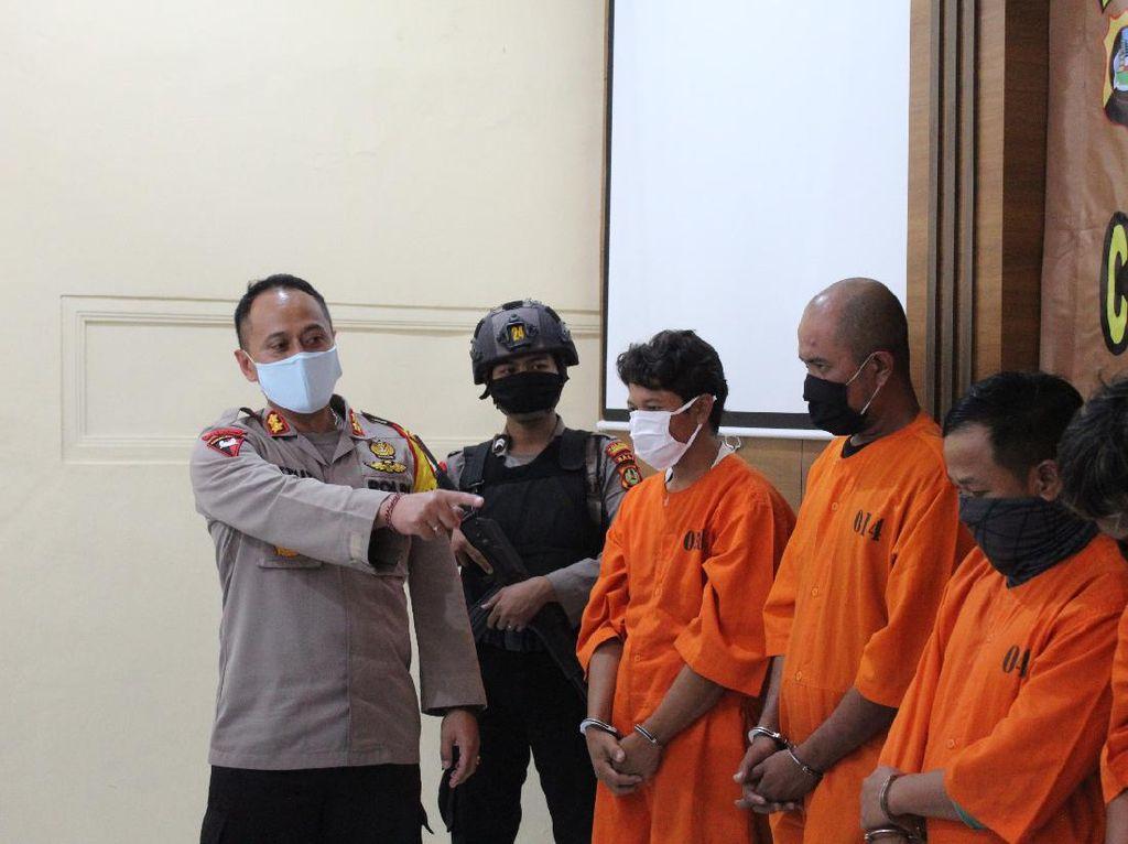 Pengembangan Kasus, 4 Penjual Surat Bebas Corona Palsu Ditangkap Lagi
