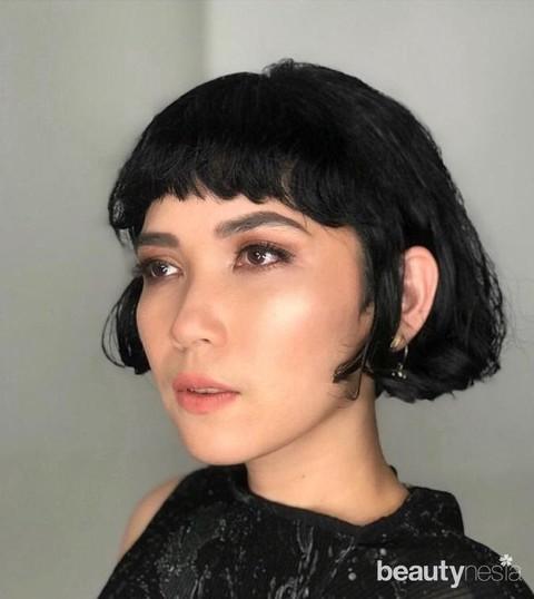 Selain Wika Salim 8 Artis Ini Tampil Lebih Fresh Dengan Rambut Pendek