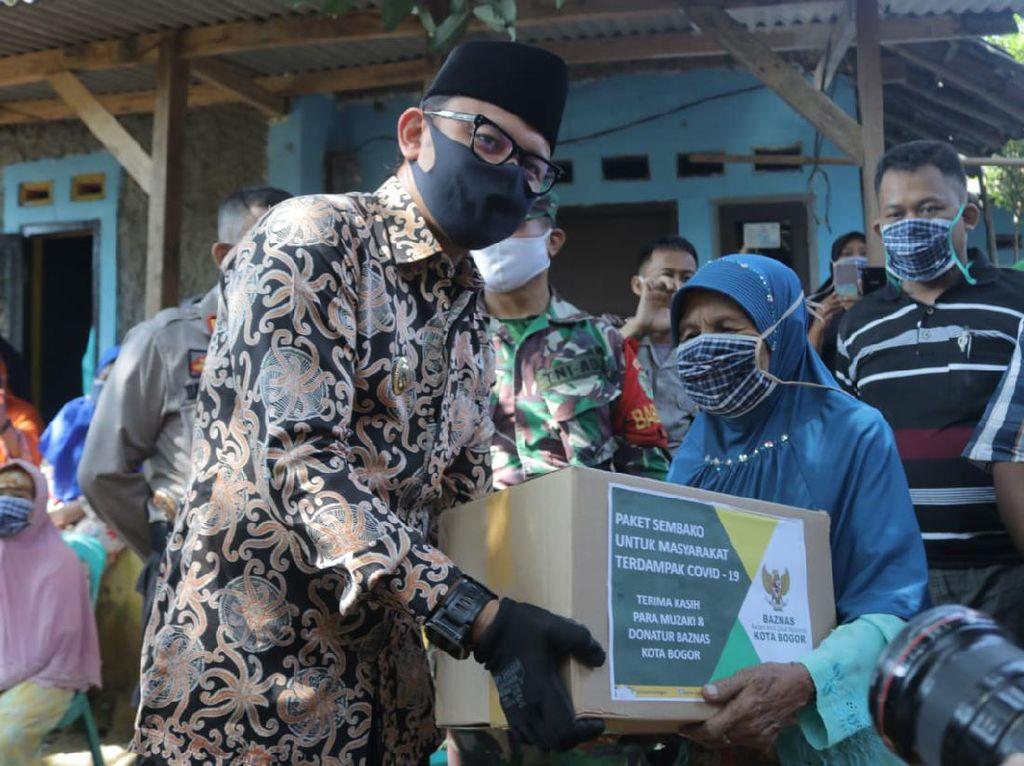 Baznas Kota Bogor Salurkan Zakat, Bima Arya: Pemkot Alokasikan Rp 46 M