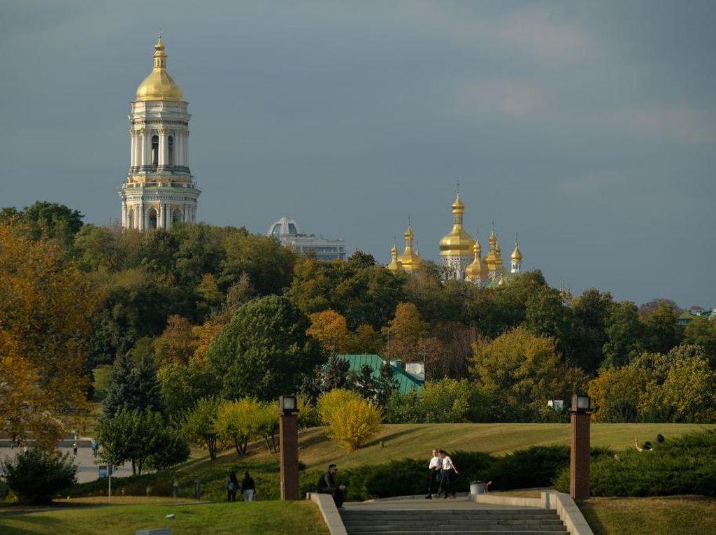 Pusat Perbelanjaan di Ibu Kota Ukraina Kembali Dibuka