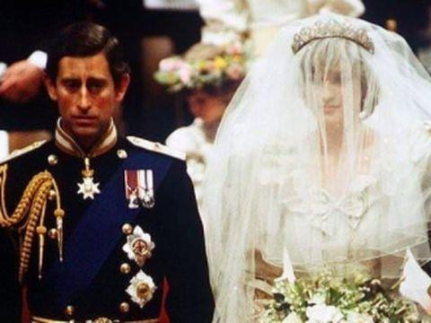 Putri Diana dan Pangeran Charles saat menikah