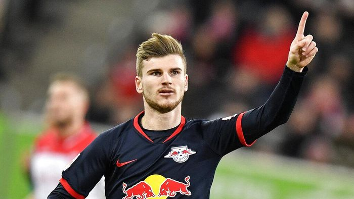 FILE - In this Saturday, Dec. 14, 2019 file photo, Leipzigs Timo Werner celebrates after scoring a penalty during their German Bundesliga soccer match against Fortuna Duesseldorf in Duesseldorf, Germany. The coronavirus pandemic has changed almost everything about soccer in Germany, except Bayern Munichs chances of winning. When the Bundesliga resumes on Saturday, May 16 after a two-month suspension caused by the pandemic, Borussia Dortmund and Leipzig will be Bayerns main challengers. Bayern's Robert Lewandowski, Borussia Dortmund's Erling Haaland and Leipzig's Timo Werner have all been crucial to their teams challenges with explosive scoring form.(AP Photo/Martin Meissner)