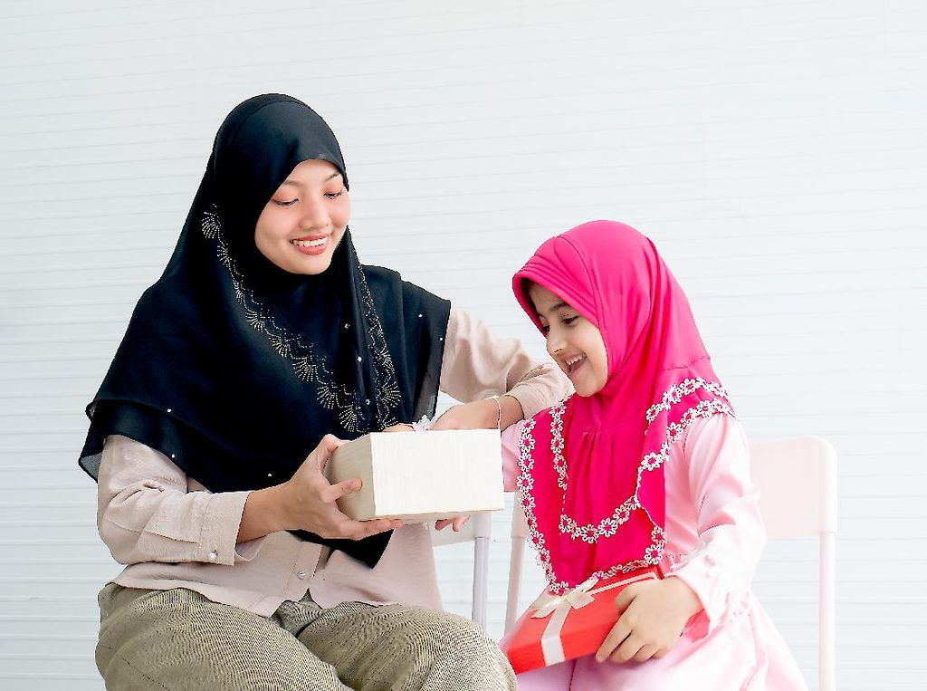 Ini 4 Hadiah Lebaran untuk Keluarga di Kampung Halaman
