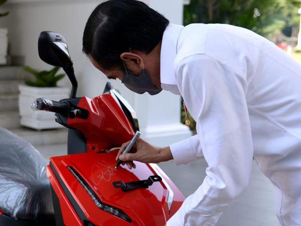 Anak Hary Tanoe Menang Lelang Motor Jokowi, Perindo: Jadi Koleksi Bersejarah