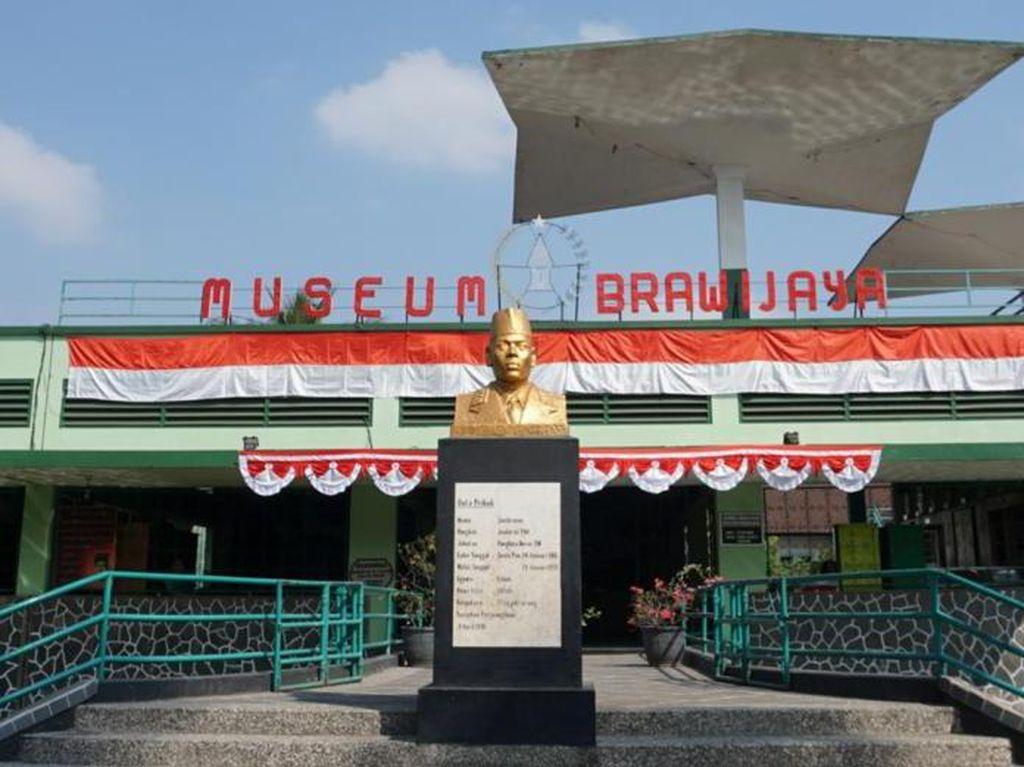 Mengulik Isi Museum Militer di Malang
