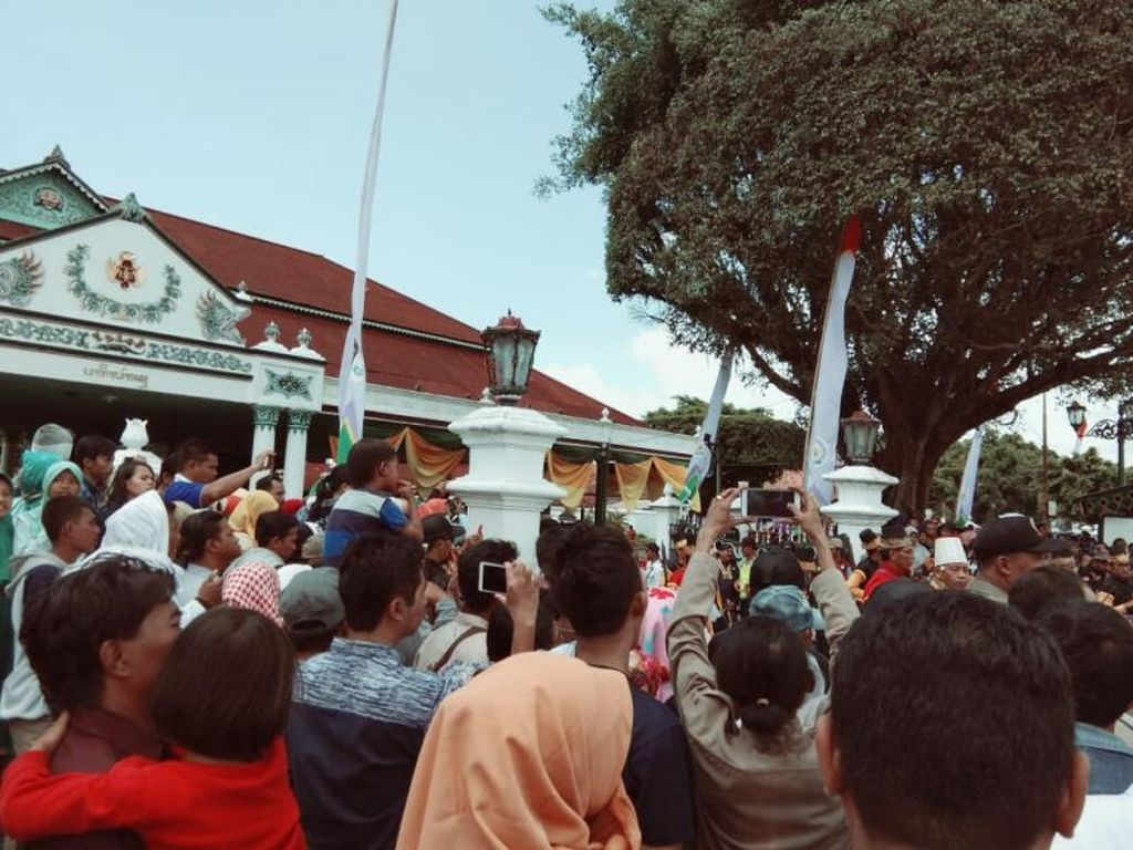 Mengenang Euforia Grebeg Keraton Yogyakarta