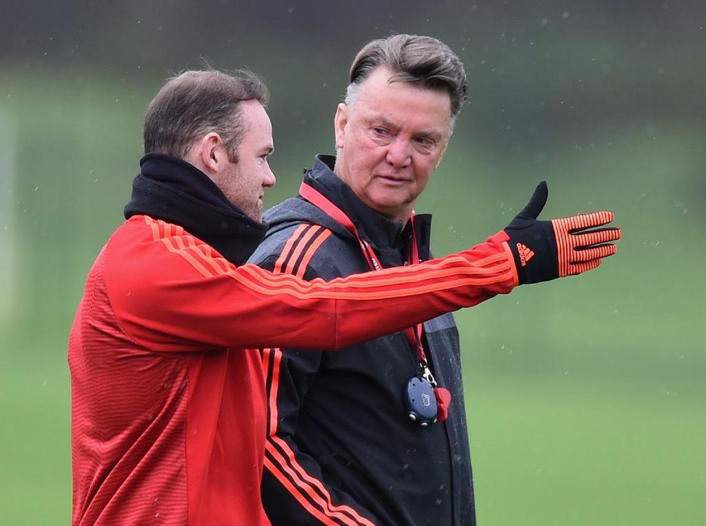 Terima Kasih dari Wayne Rooney ke Louis van Gaal