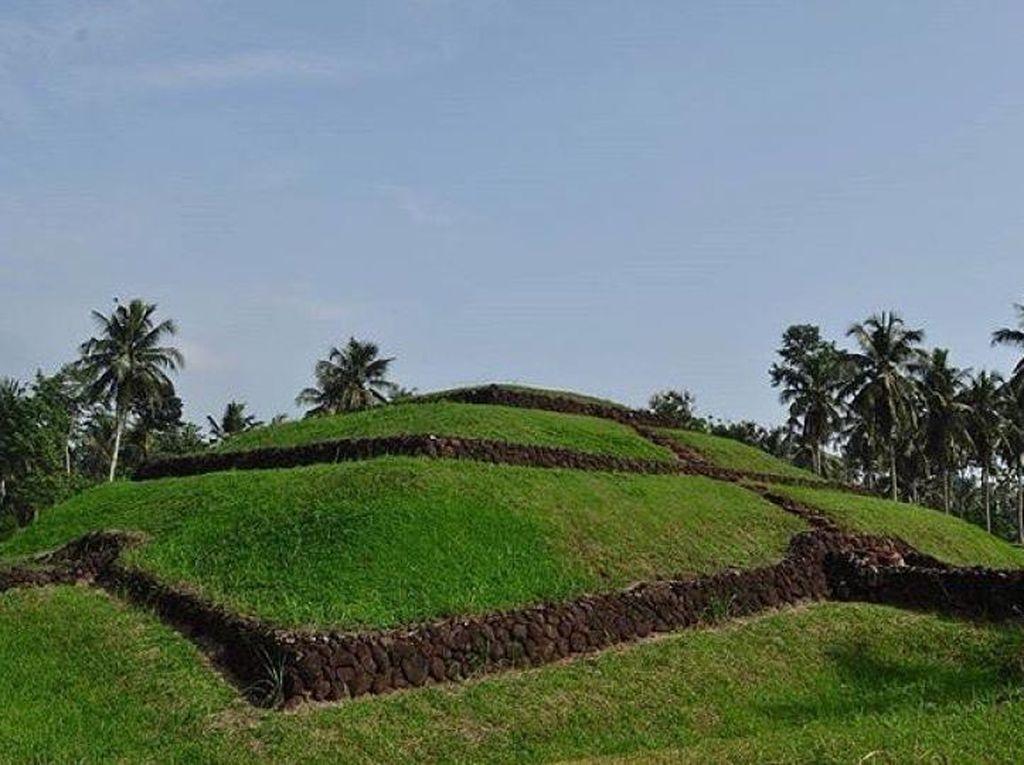 Situs Purbakala yang Tersembunyi di Lampung Timur