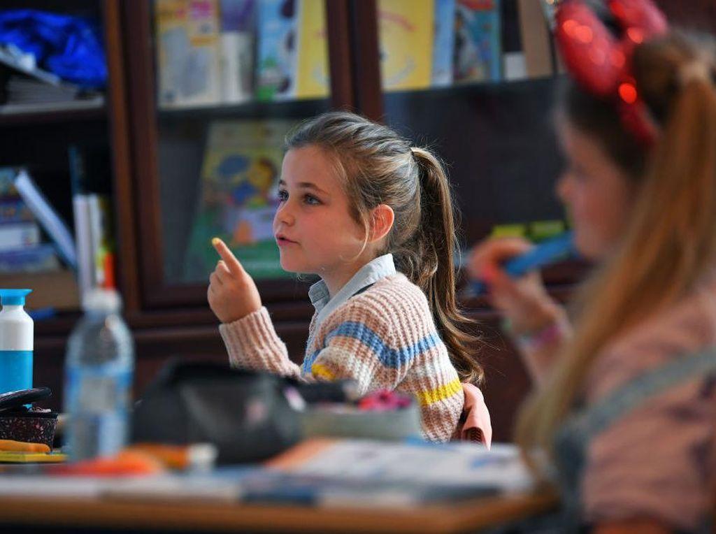 Begini Ekspresi Anak-anak Belgia saat Kembali Bersekolah