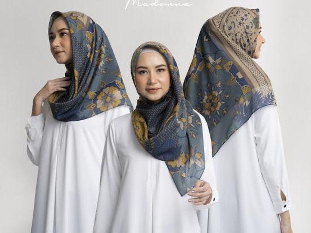 Rekomendasi 12 Merek Hijab Segi Empat yang Bisa Kamu Pakai Saat Lebaran