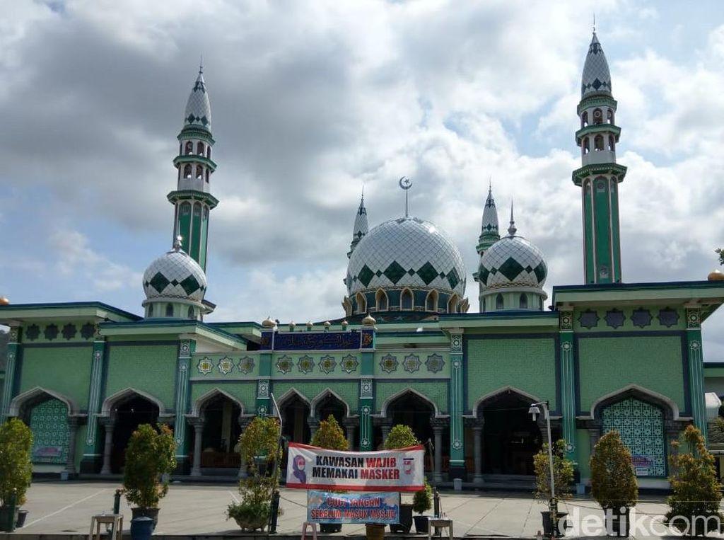 Masjid Agung Trenggalek Pastikan Tak Gelar Salat Id