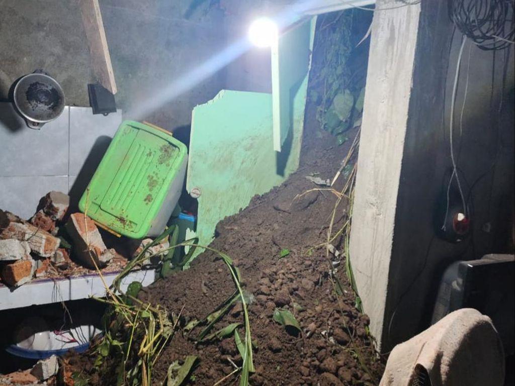 Rumah Warga di Empat Lawang Sumsel Rusak Akibat Tanah Longsor