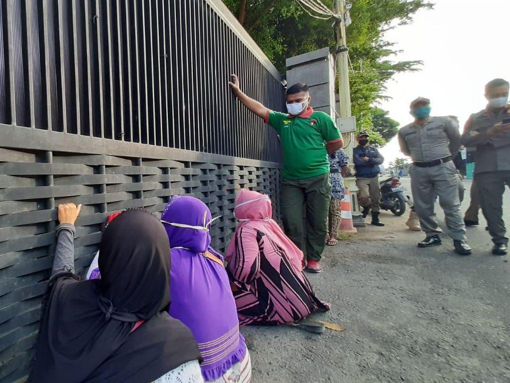 Bawa Cabai-Tomat ke Rumah Gubernur, Pedagang di Gorontalo Minta Pasar Dibuka