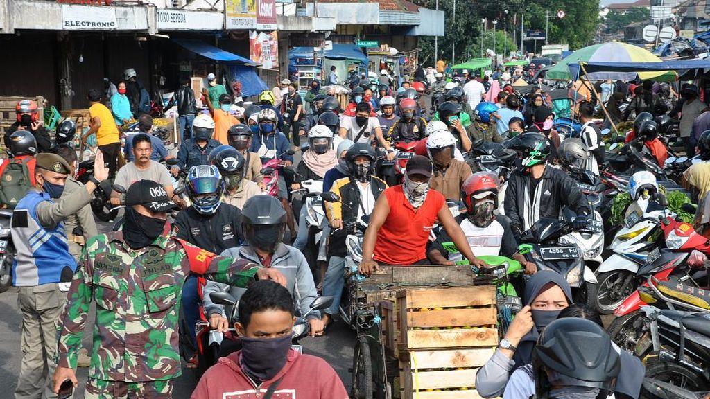 Ada PSBB, Pasar Anyar Bogor Hari Ini Masih Padat