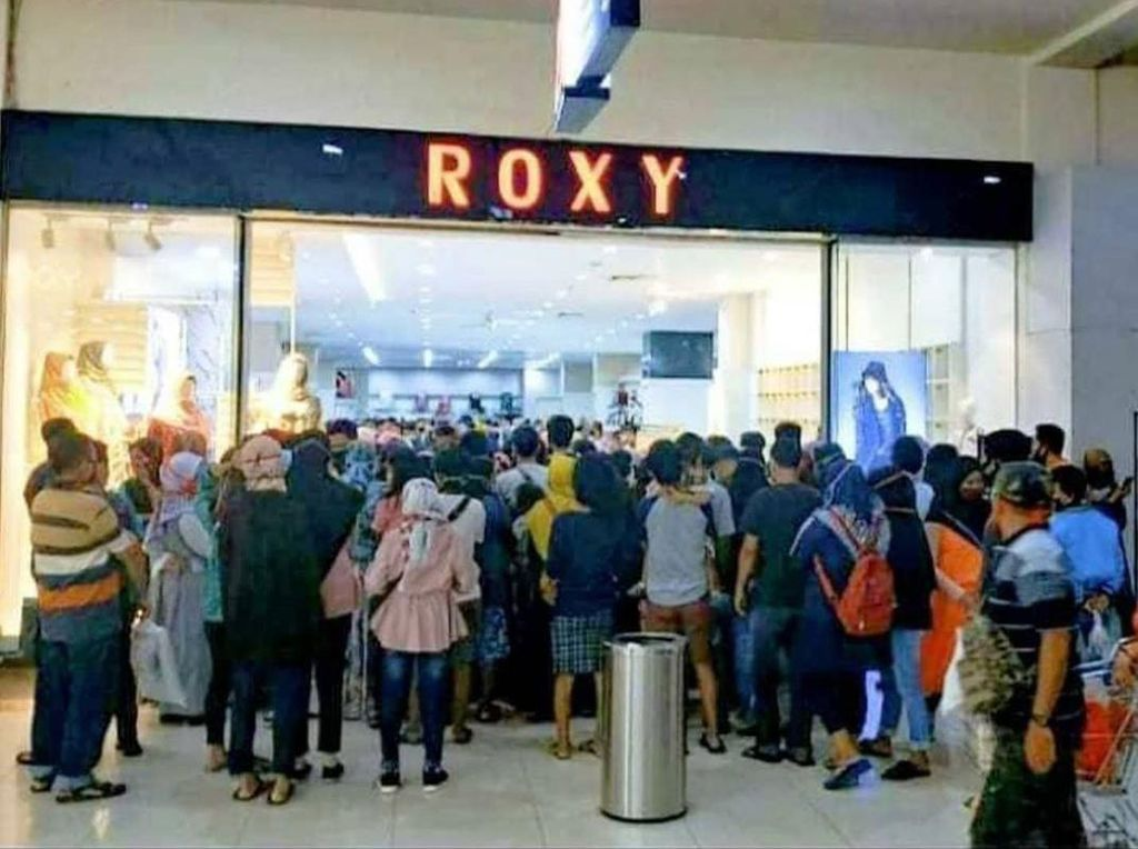 Viral Membludaknya Pengunjung Roxy Jember, Polisi Turun Tangan
